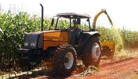 O setor agrícola brasileiro comprou, no ano de 2012, 823.226 toneladas de agrotóxicosArquivo/Agência Brasil