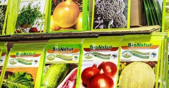 Produção de sementes registradas na legislação brasileira