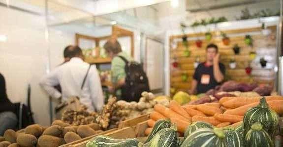 Maior feira de orgânicos da América Latina acontece em SP e expectativa é de que o setor fature 20% mais este ano