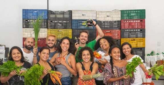 Orgânicos in Box, e-commerce de alimentos, incorpora HortaMix para expandir o negócio em Niterói, no Grande Rio